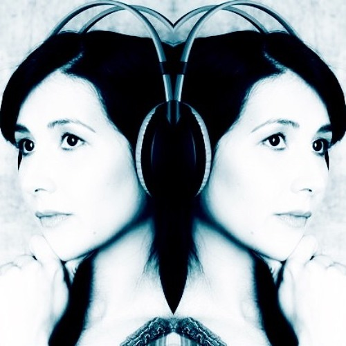 Vanida Karun's avatar