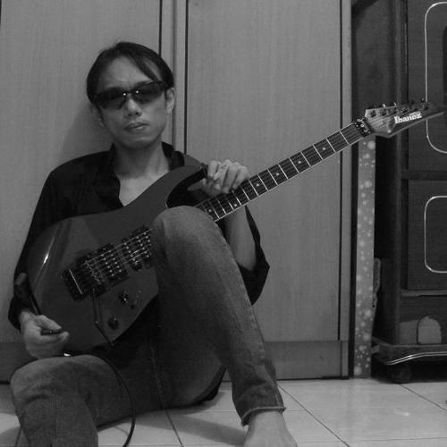 Lorenzo Yung's avatar