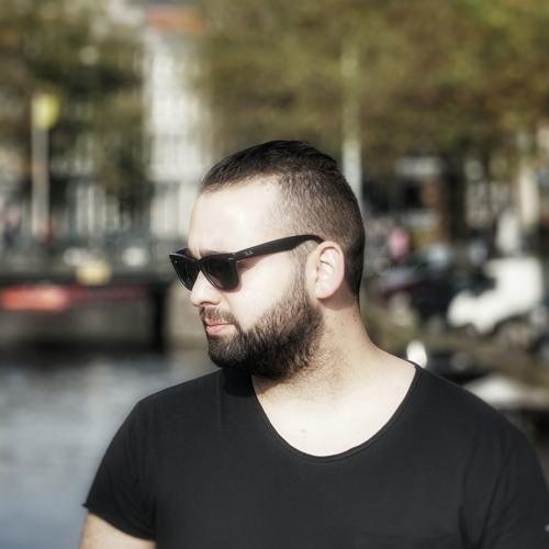 Calevro's avatar