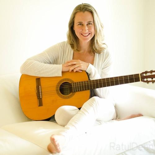 Sarah Calvert's avatar