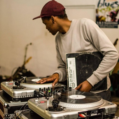 DJ Q1's avatar