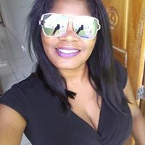 Josiane Falcão's avatar