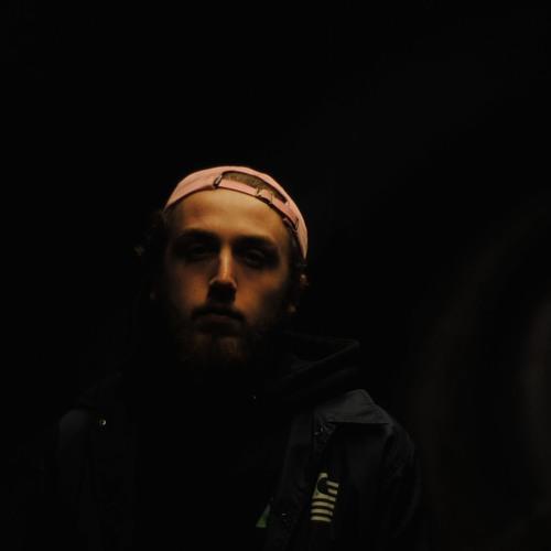 Mac Lloyd's avatar