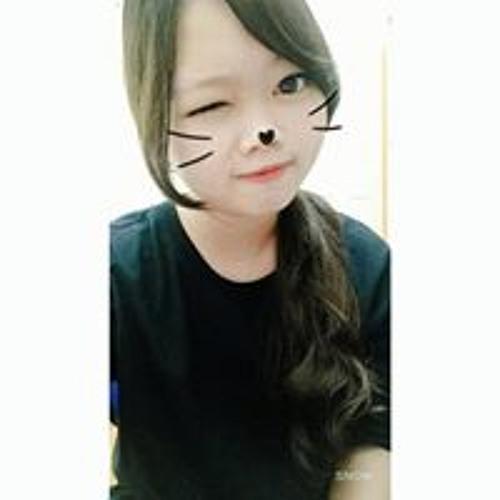 Hanie Tran's avatar