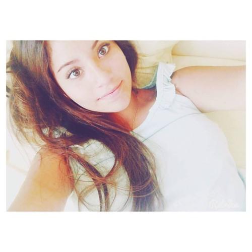 Valeria Aristi Zoeger's avatar