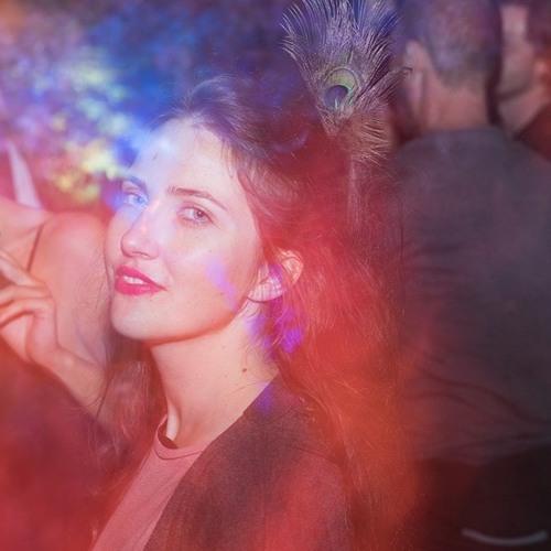 Eva Perla's avatar