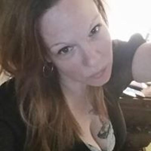 Kelly Smith's avatar