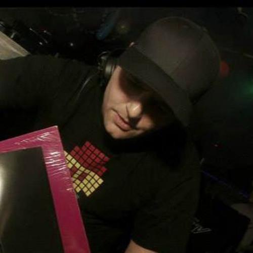 DJ Rinze aka dubout's avatar