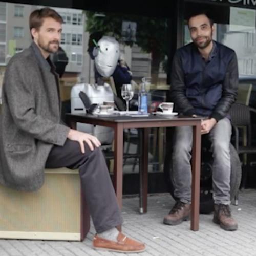Sira e o robot's avatar