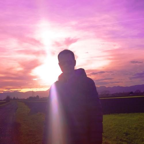 Rosé Sunset's avatar