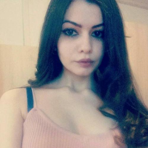 Saraah<3's avatar