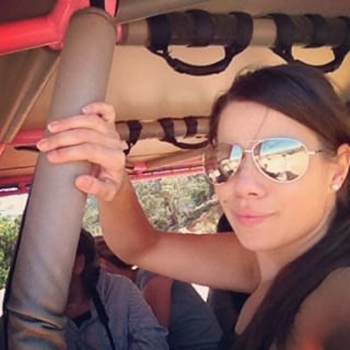 Jennifer Acosta's avatar