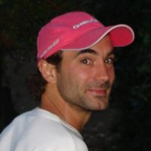 Luis Lovisutti's avatar