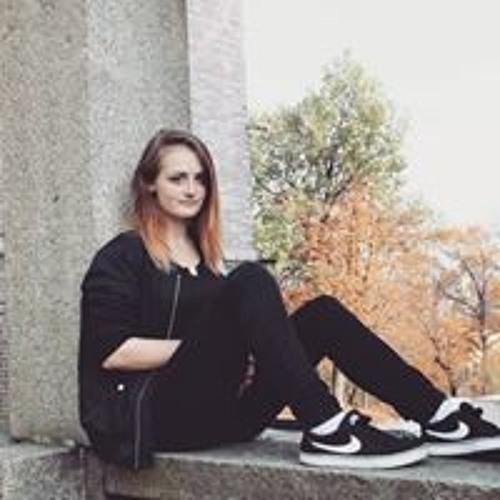 Zuzka Balá's avatar