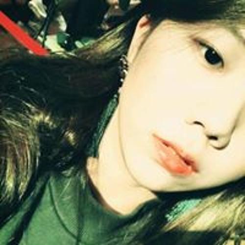 Anna Rha's avatar