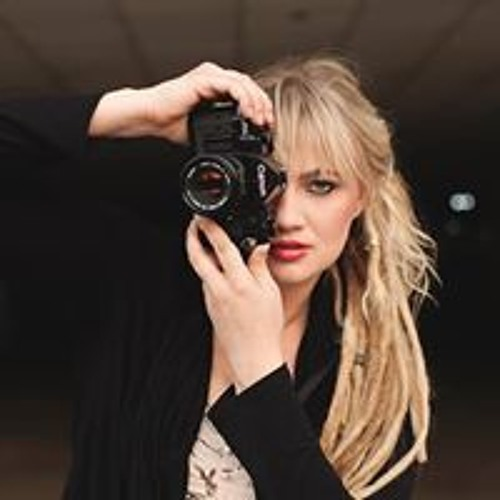 Yana Galanin's avatar