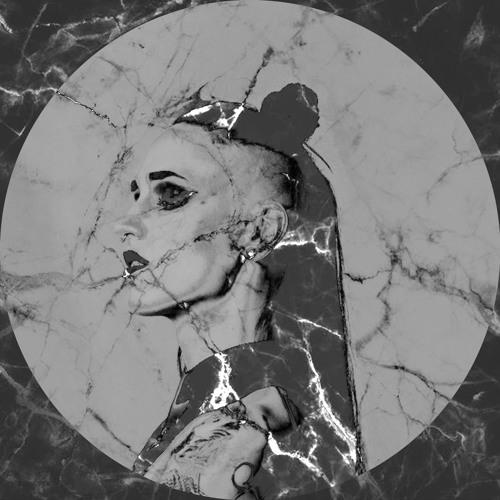 J'vlyn d'Ark's avatar