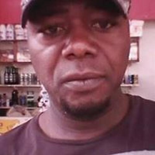 Bertrand Samom's avatar