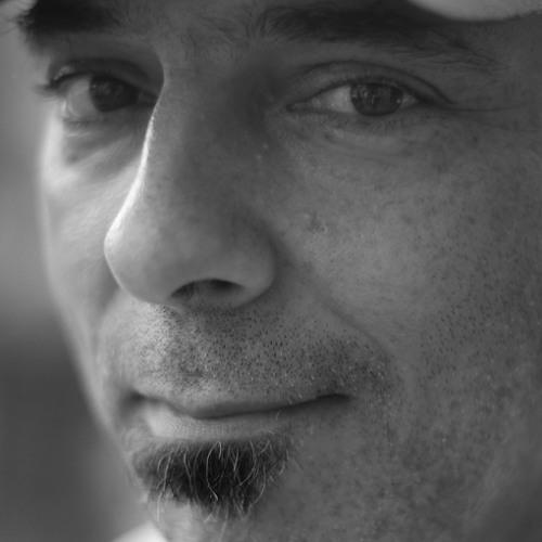 Erik Dehkhoda's avatar