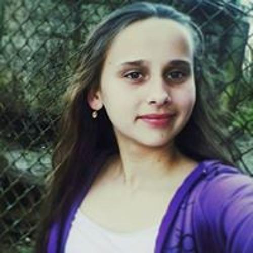 Emilia Kupets's avatar