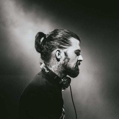 Casey Vann's avatar