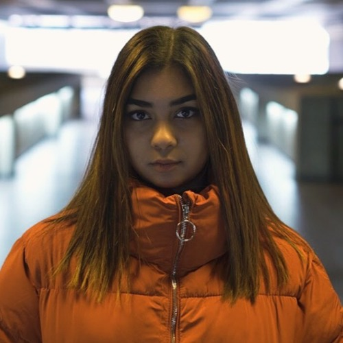Ria Choony's avatar