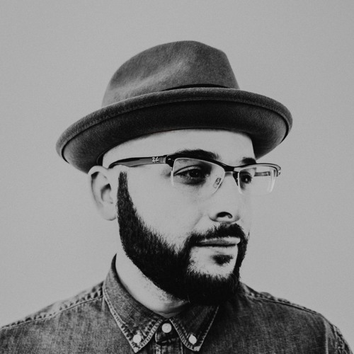 dION dECIBELS's avatar