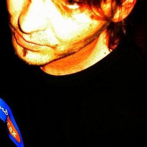 johnnychrome's avatar