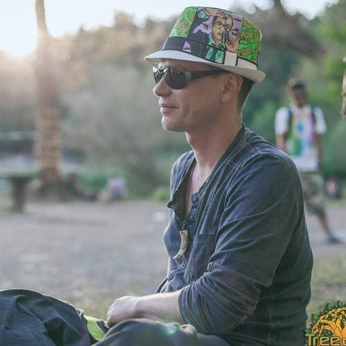 RobbiRobson's avatar