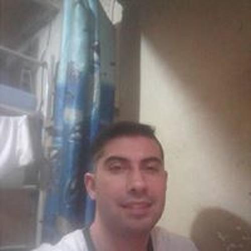 Andrés Martinez's avatar