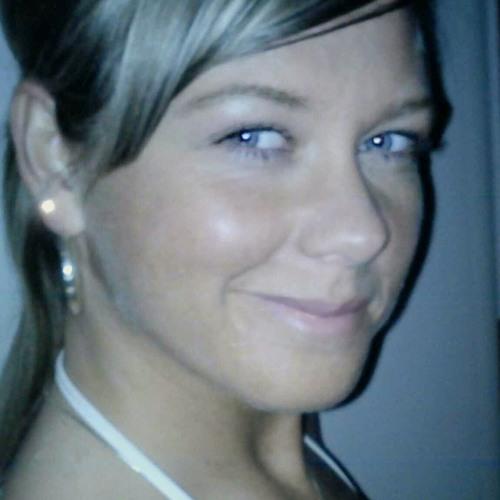 Mel Melody's avatar