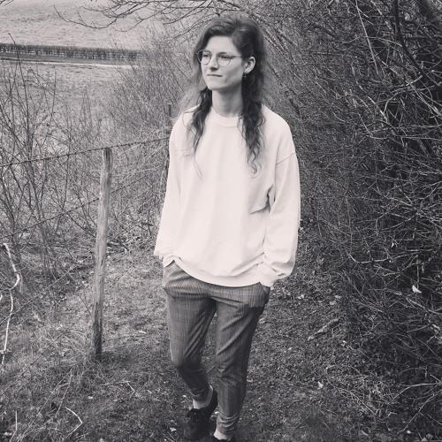 Imogen Louise's avatar