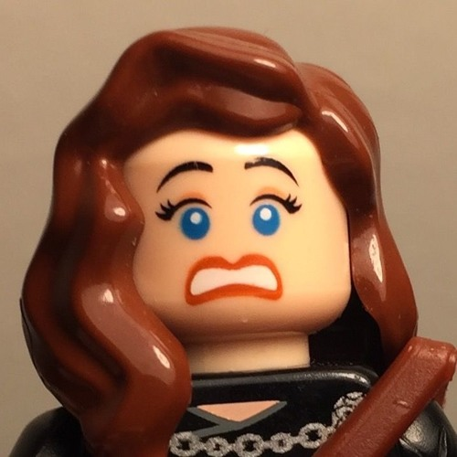 Geeky Christine's avatar