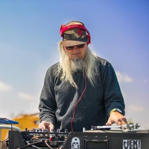 DJ HEK YEH's avatar