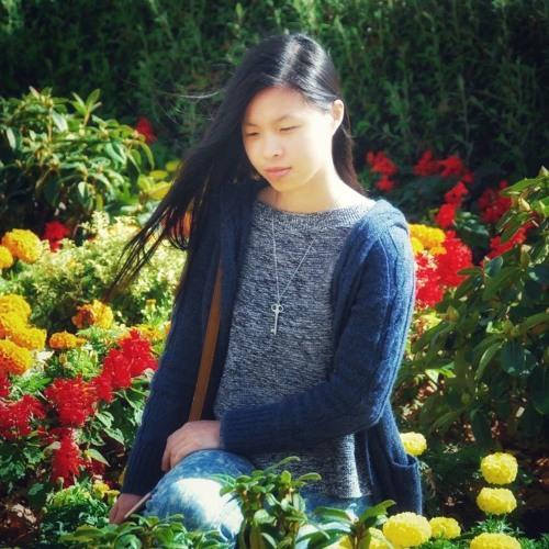 Yvonne Teo's avatar