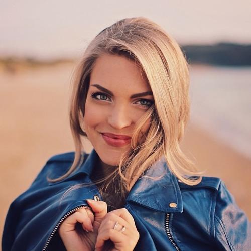 Lula Foster's avatar
