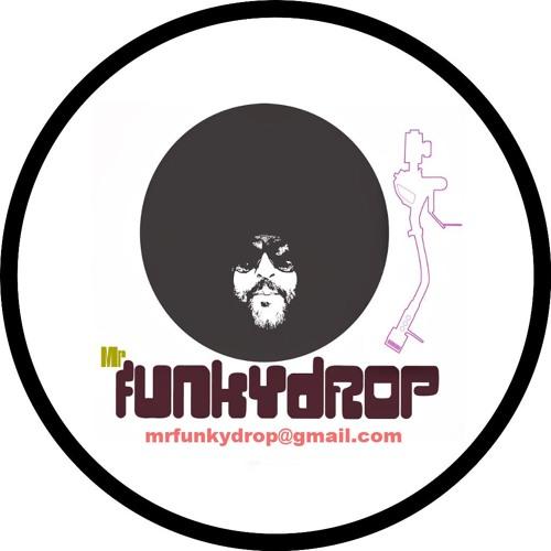 MrfUNkYdROP's avatar