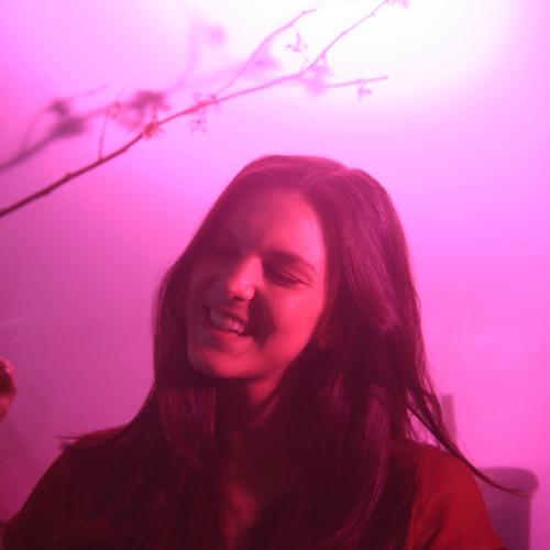 LISSA LO's avatar