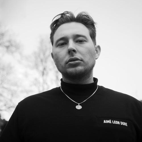 Matteo Luis's avatar