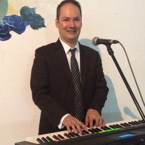 Hans Sarmiento Bernal's avatar
