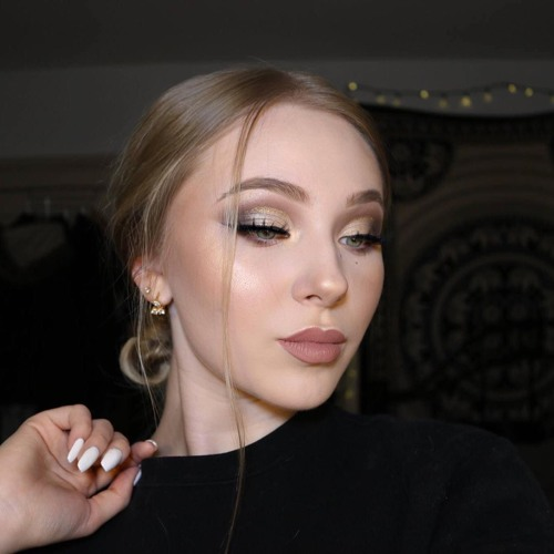 Victoria Krysa's avatar