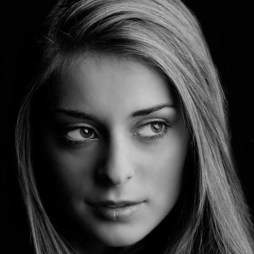 Chrys Cristina's avatar