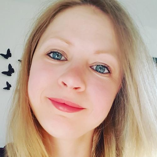 Alesia Zava's avatar
