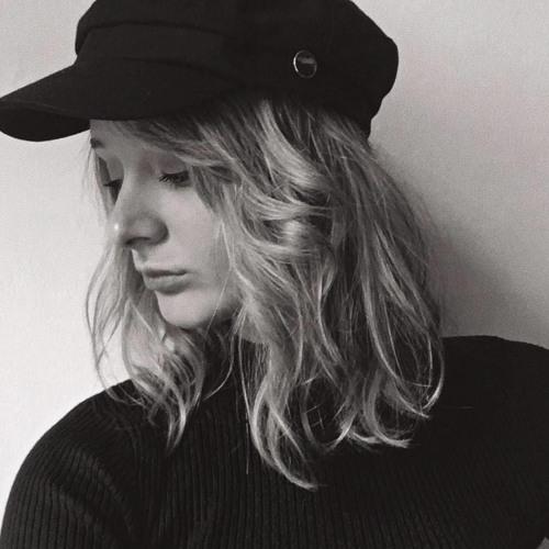 Adriana Ziemba's avatar