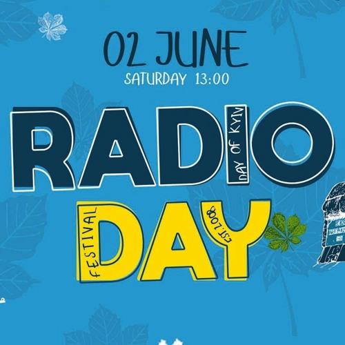 RadioDay's avatar