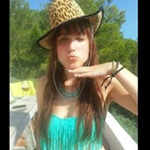 Kelly Long's avatar