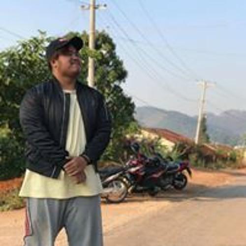 Hein Kyaw's avatar