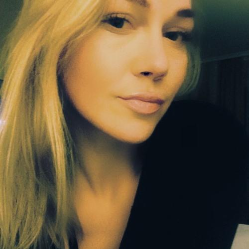 FionaBirnbaum's avatar