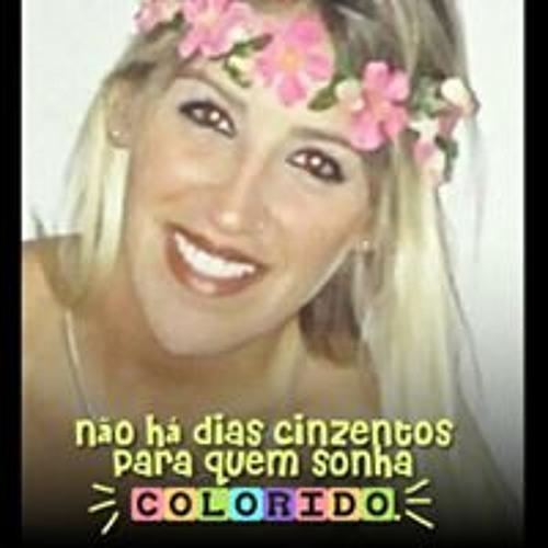 Luiza Agrícola's avatar