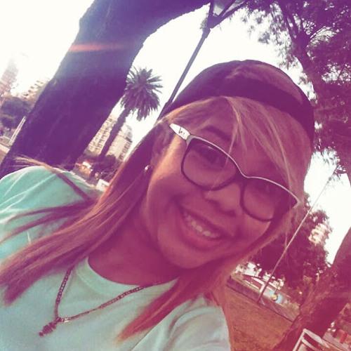 johana quiñonez's avatar